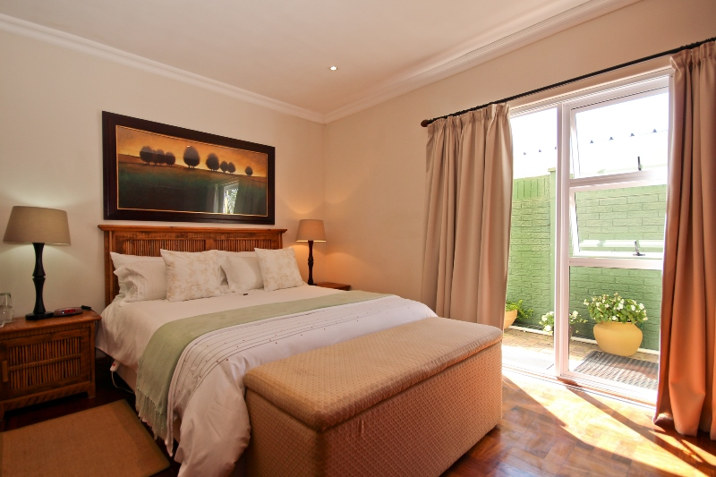 Fuchsia Suite - Greenwood Villa in Pinelands B&B