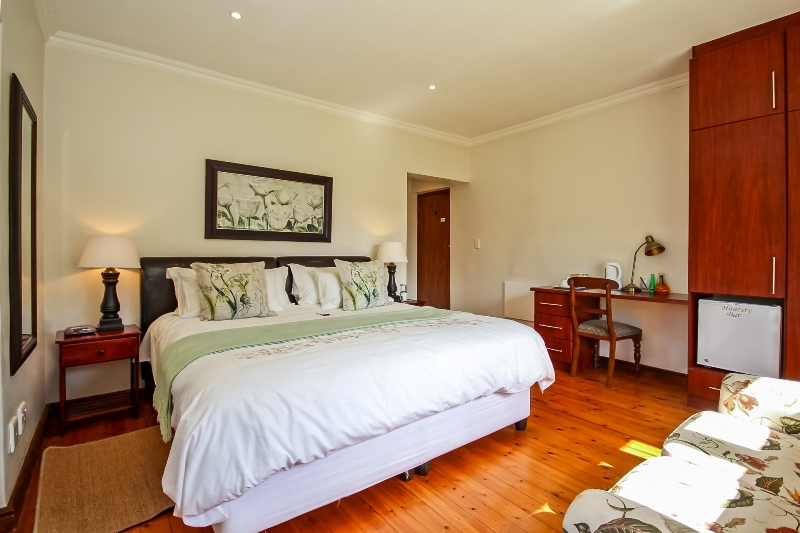 Guest Suite 1 - Greenwood Villa in Pinelands, Cape Town
