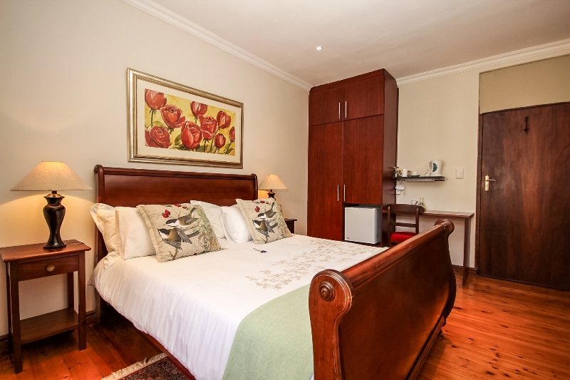 Guest Suite 3 - Greenwood Villa in Pinelands, Cape Town